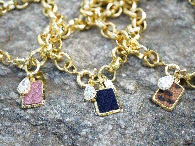 gold chains rocks